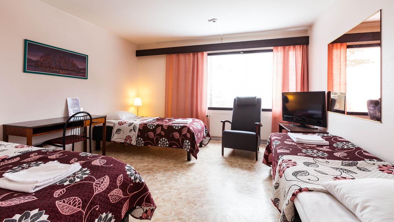 3- ja 4 hengen huoneet